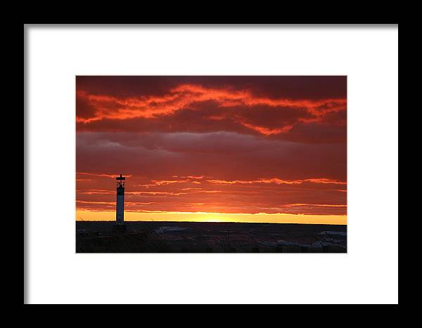 Pink Sky Framed Print featuring the photograph Background Sky Beyond The Pier by Victor Alderson