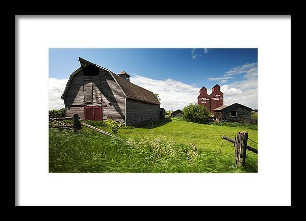 Rowley Framed Print featuring the photograph Barn Days Of Old by Angelito De Jesus
