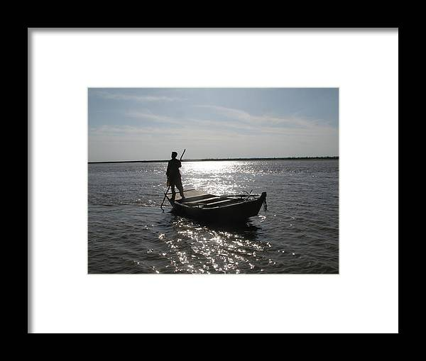 Head Marala River Sialkot Framed Print featuring the photograph Floating Beauty by Bobby Dar