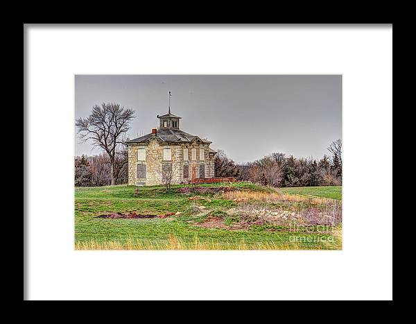 Beetison Mansion Framed Print featuring the photograph Beetison Mansion by Julie Halloran