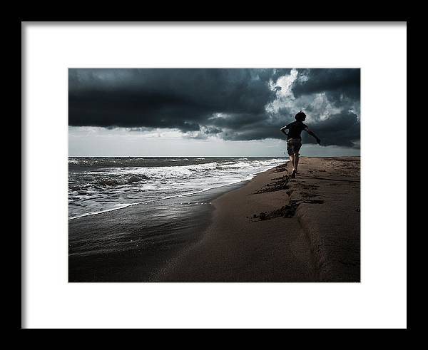 Storm Framed Print featuring the photograph Before The Storm by Antonela Stanciulescu