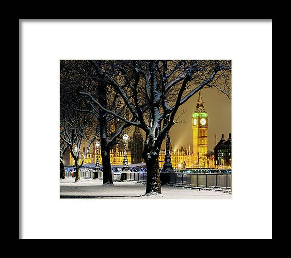 Tranquility Framed Print featuring the photograph Big Ben And Houses Of Parliament In Snow by Shomos Uddin