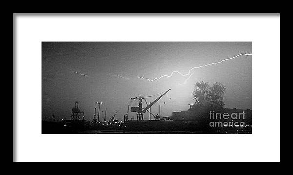 Bath Framed Print featuring the photograph Biw Lightning 2 by Donnie Freeman