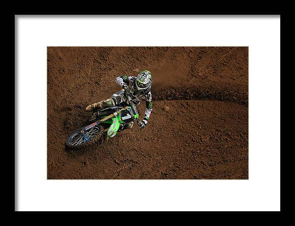 Baggett Framed Print featuring the photograph Blake Baggett Dropping In by Gary Sprowls