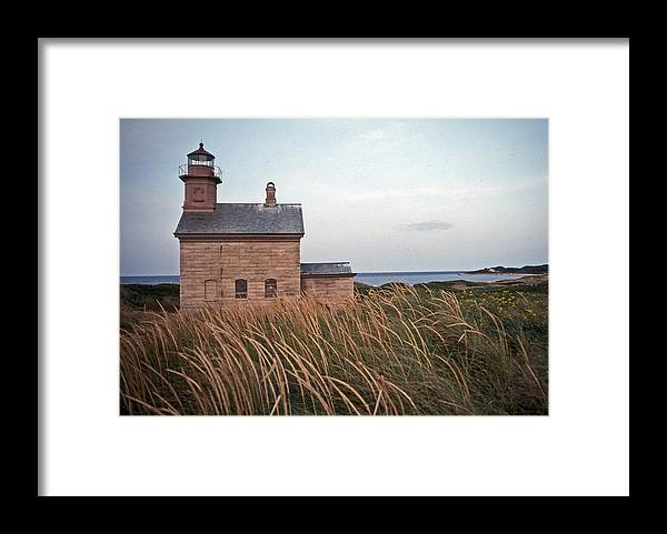 Lighthouse Framed Print featuring the photograph Block Island North West Lighthouse by Skip Willits