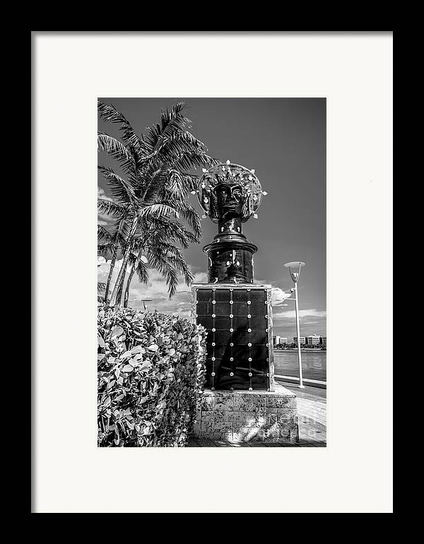 America Framed Print featuring the photograph Blue Crown Statue Miami Downtown - Black And White by Ian Monk