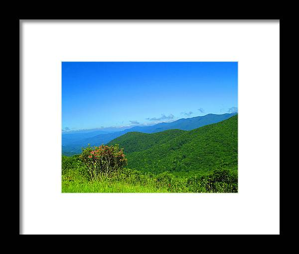 Scenic Photo Of Blue Ridge Mountains In Daytime On Clear Day Framed Print featuring the photograph Blue Ridge Mountains by S Ball