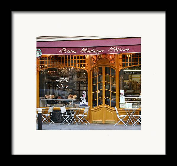 Paris Framed Print featuring the photograph Boulangerie by A Morddel