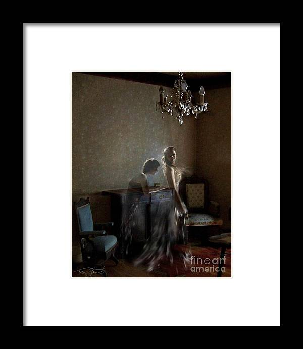 Bride Framed Print featuring the photograph Brides Maid by Tom Straub