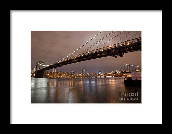 Brooklyn Framed Print featuring the photograph Brooklyn Bridge Lights by Leslie Leda