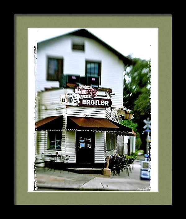 Bud's Broiler - frame by Scott Pellegrin
