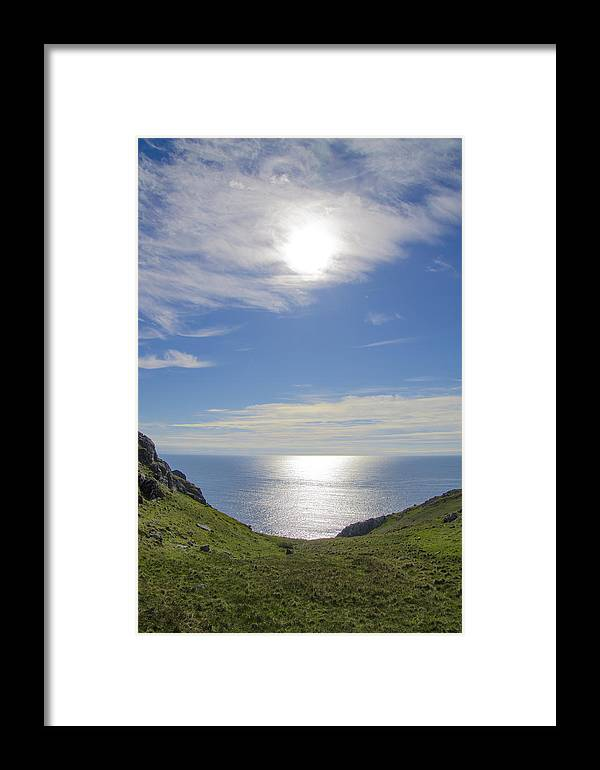 Bunglass Framed Print featuring the photograph Bunglass Donegal Ireland - Seascape by Bill Cannon