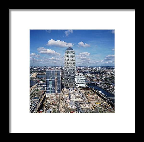 1 Canada Square Framed Print featuring the photograph Canary Wharf by Skyscan/science Photo Library
