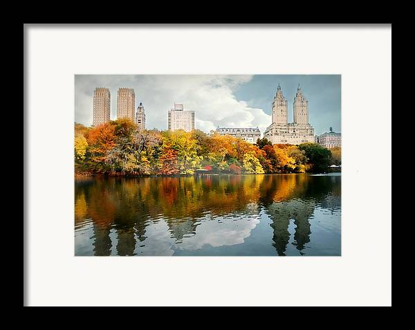 Landscape Framed Print featuring the photograph Central Park #1 by Diana Angstadt
