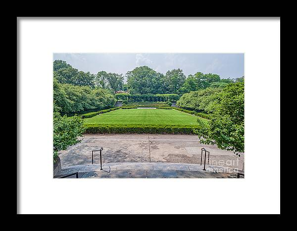 Central Framed Print featuring the photograph Central Park Serenity V by Ray Warren
