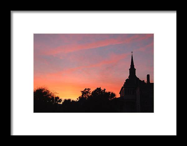 Charleston Framed Print featuring the photograph Charleston At Dusk by Suzanne Gaff