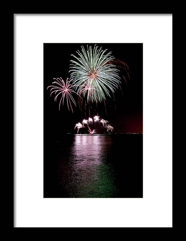 Lake Michigan Framed Print featuring the photograph Chicago Fireworks by 400tmax