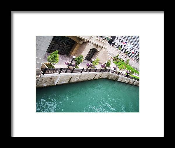 Chicago Framed Print featuring the photograph Chicago River by Donna Blackhall