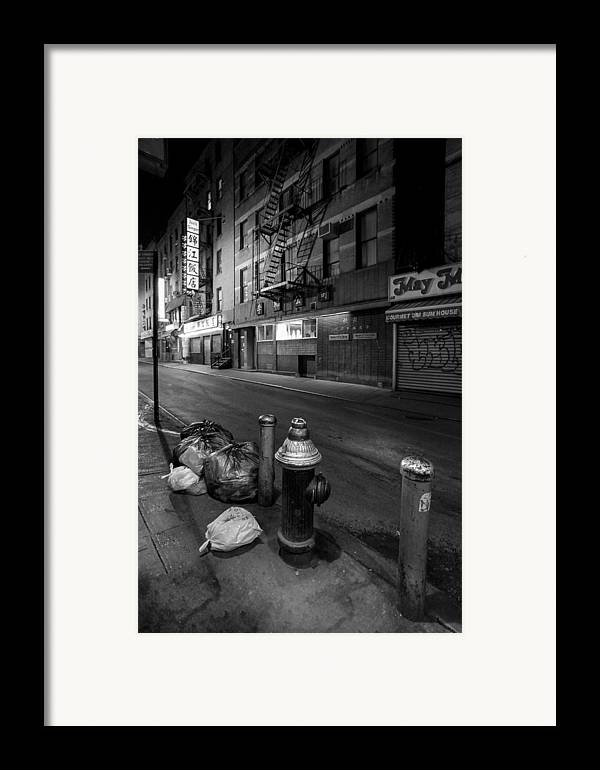 Chinatown Framed Print featuring the photograph Chinatown New York City - Joe's Ginger On Pell Street by Gary Heller