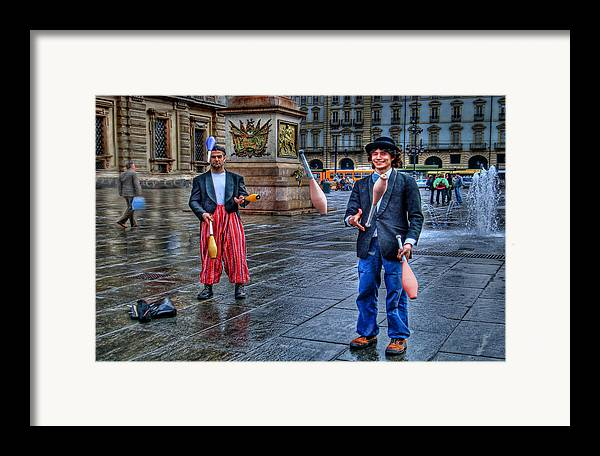 Jugglers Framed Print featuring the photograph City Jugglers by Ron Shoshani