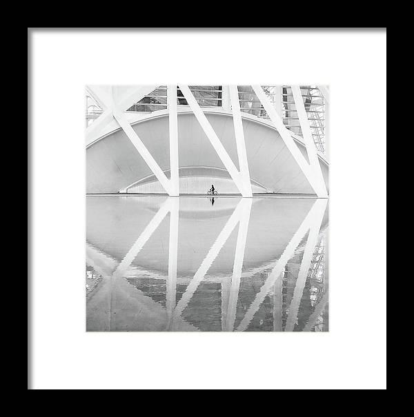 Architecture Framed Print featuring the photograph Ciudad Artes Y Las Ciencias by Francisco Sanchez Fotografias