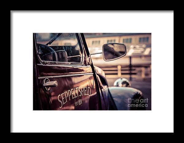Citroën Framed Print featuring the photograph Classic Citroen I by Ray Warren