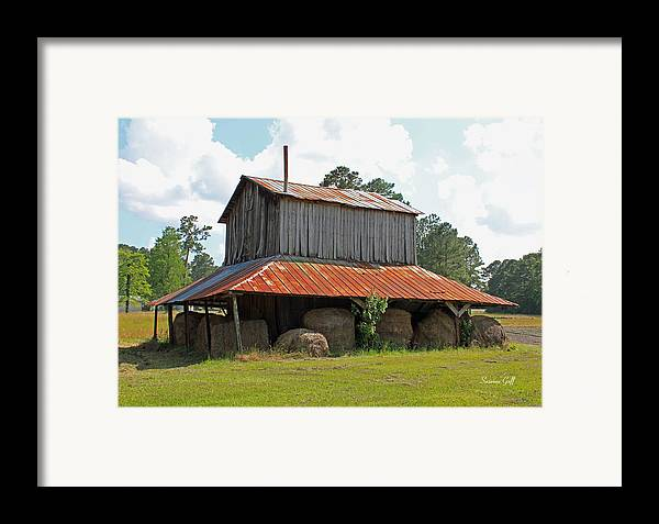 Tobacco Barn Framed Print featuring the photograph Clewis Family Tobacco Barn by Suzanne Gaff