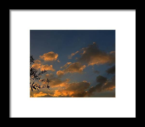 Sunset Framed Print featuring the photograph Cloud Series 30 Of Sunset by Bill Marder