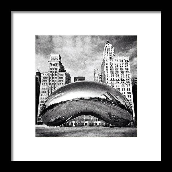 America Framed Print featuring the photograph Chicago Bean Cloud Gate Photo by Paul Velgos