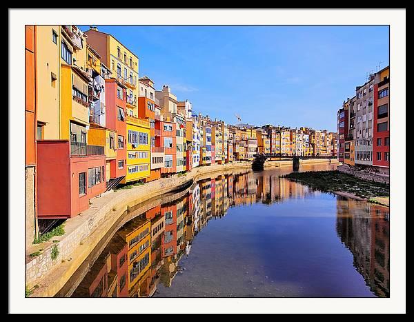 Colorful houses in Girona by Karol Kozlowski