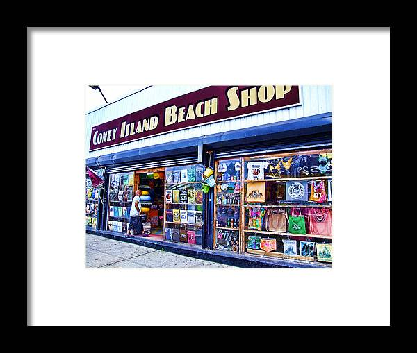 Coney Island Framed Print featuring the photograph Coney Island Beach Shop by Nishanth Gopinathan