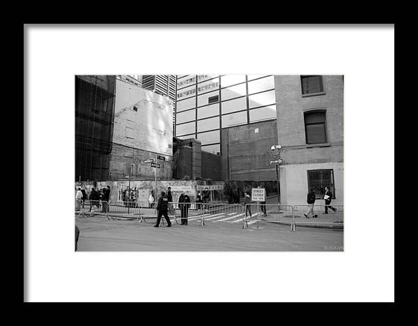 Wtc Framed Print featuring the photograph Construction In Black And White by Rob Hans