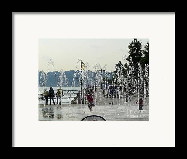 Summertime Framed Print featuring the photograph Cooling Off by Avis Noelle