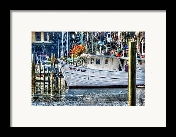 Alabama Framed Print featuring the painting Crimson Tide In Harbor by Michael Thomas
