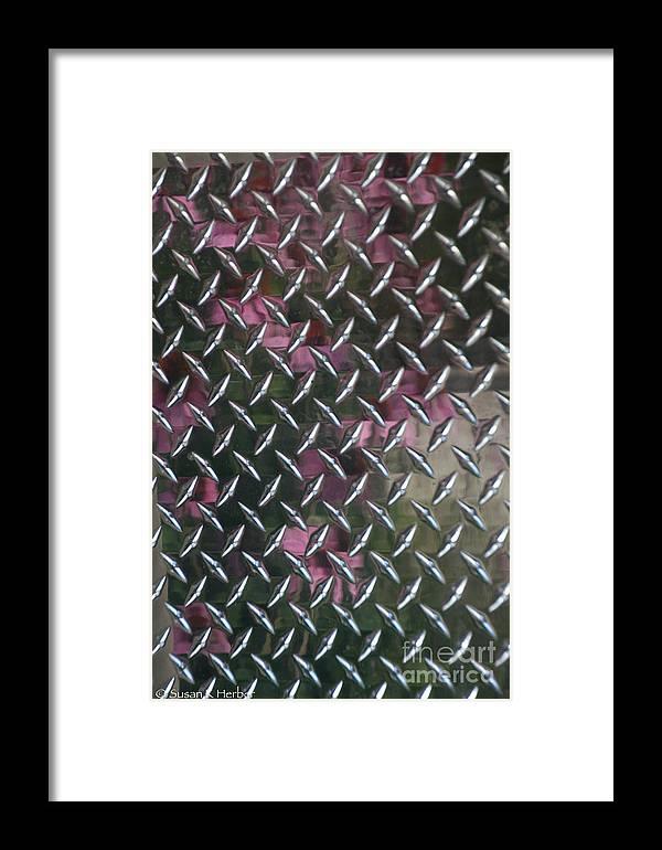 Aluminium Framed Print featuring the photograph Cross Hatch by Susan Herber