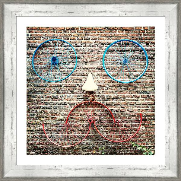 Cycle face by Jane Rix