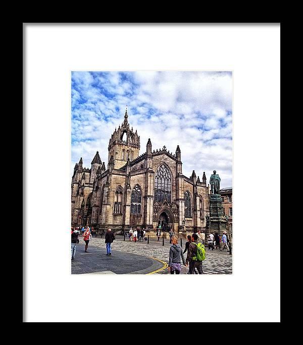 Edinburgh Framed Print featuring the photograph Day At The High Kirk by Karen Bain