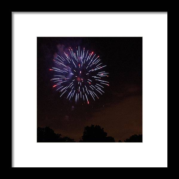 Cities Framed Print featuring the photograph Detroit Area Fireworks -9 by Paul Cannon