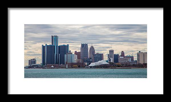 Detroit Framed Print featuring the photograph Detroit Skyline by John McGraw