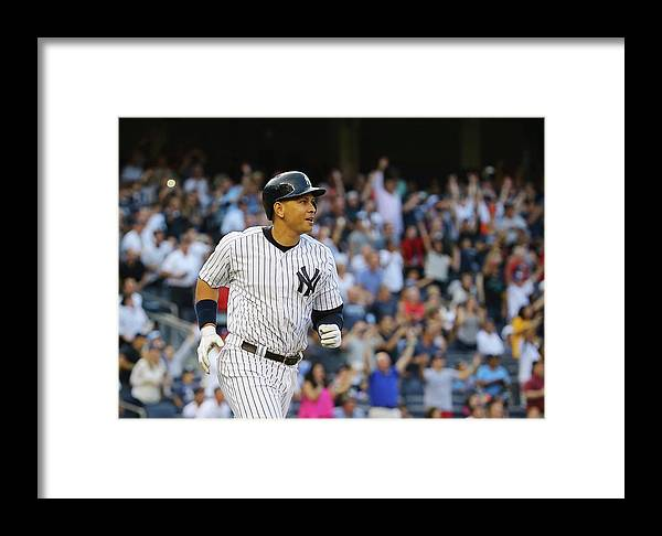 Three Quarter Length Framed Print featuring the photograph Detroit Tigers V New York Yankees by Al Bello
