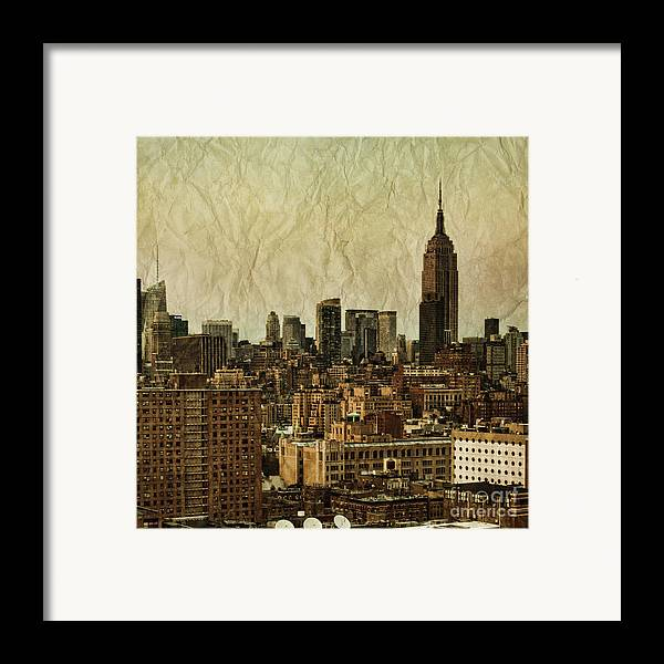New Framed Print featuring the photograph Empire Stories by Andrew Paranavitana
