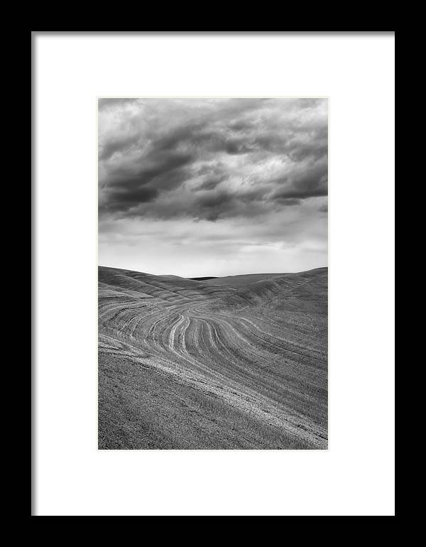 Palouse Framed Print featuring the photograph Endless by Ryan Manuel