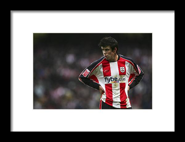 England Framed Print featuring the photograph FA Cup 4th Round: Manchester City v Southampton by Matthew Lewis