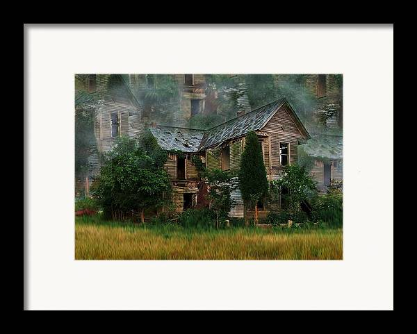 Abandoned House Framed Print featuring the photograph Faded Dreams by Julie Dant