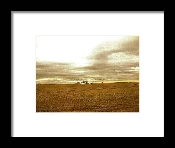 Illinois Framed Print featuring the photograph Farmhouse Island by Susan Wyman
