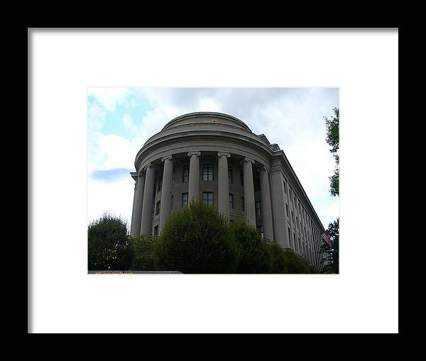 Washington Capitol Landmark Framed Print featuring the photograph Federal Trade Commission by Lingfai Leung