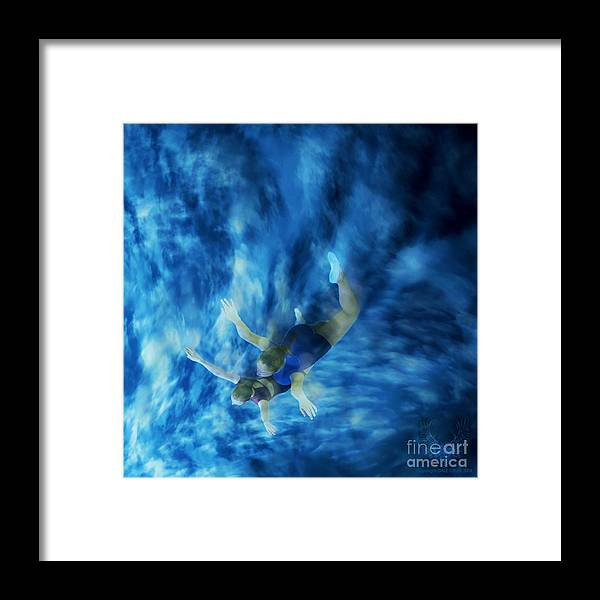 Dance Framed Print featuring the photograph Flight For Two 2 by Dale Crum