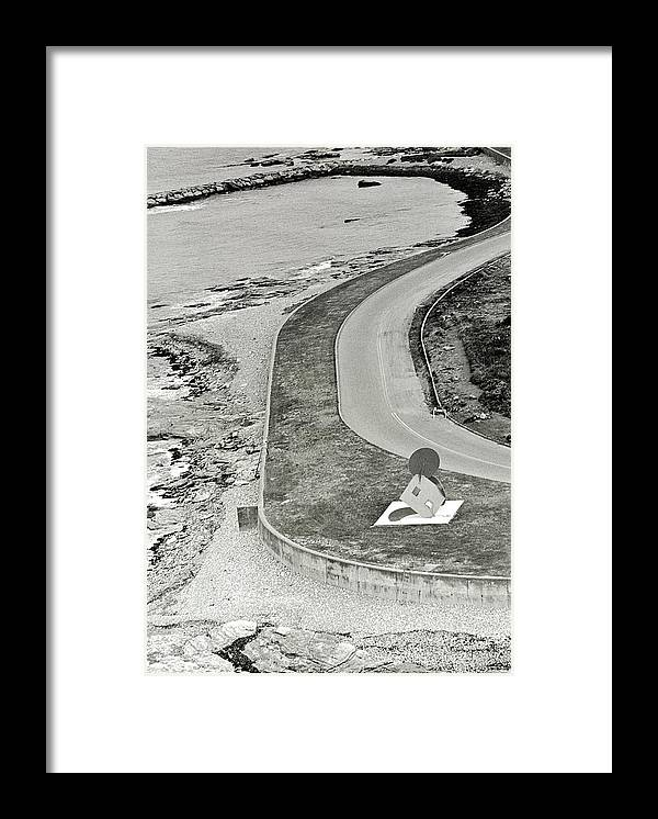 Brenton Point Framed Print featuring the photograph Geometric Mouse by Ernst Beadle