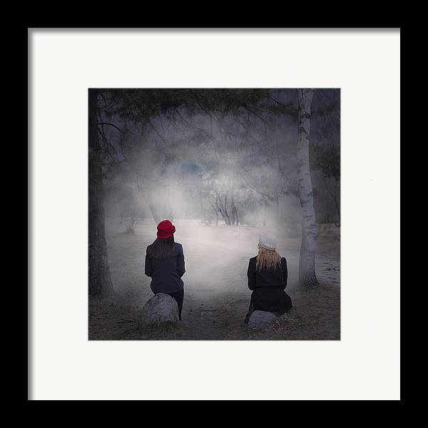 Girl Framed Print featuring the photograph Girlfriends by Joana Kruse