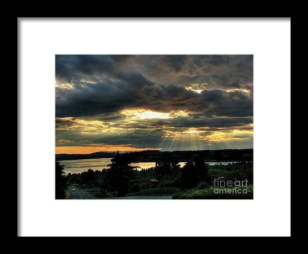Nature Framed Print featuring the photograph Glorificamus Te by Chris Anderson